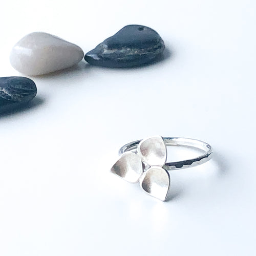 Trillium silver stacking ring