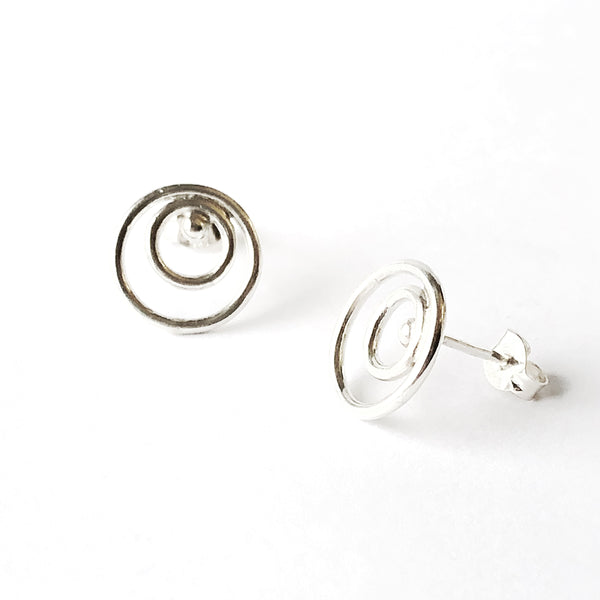 Sterling silver double circle stud earrings