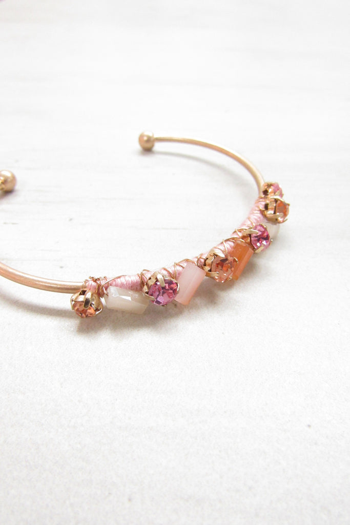 Cuff bracelet - Peach color