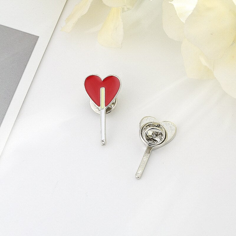 Cartoon Love Brooches Skull Hand Heart Gesture Pins Badges Fashion Jewelry for Women Icon Backpack Shirt Denim Jackets Lapel Pin