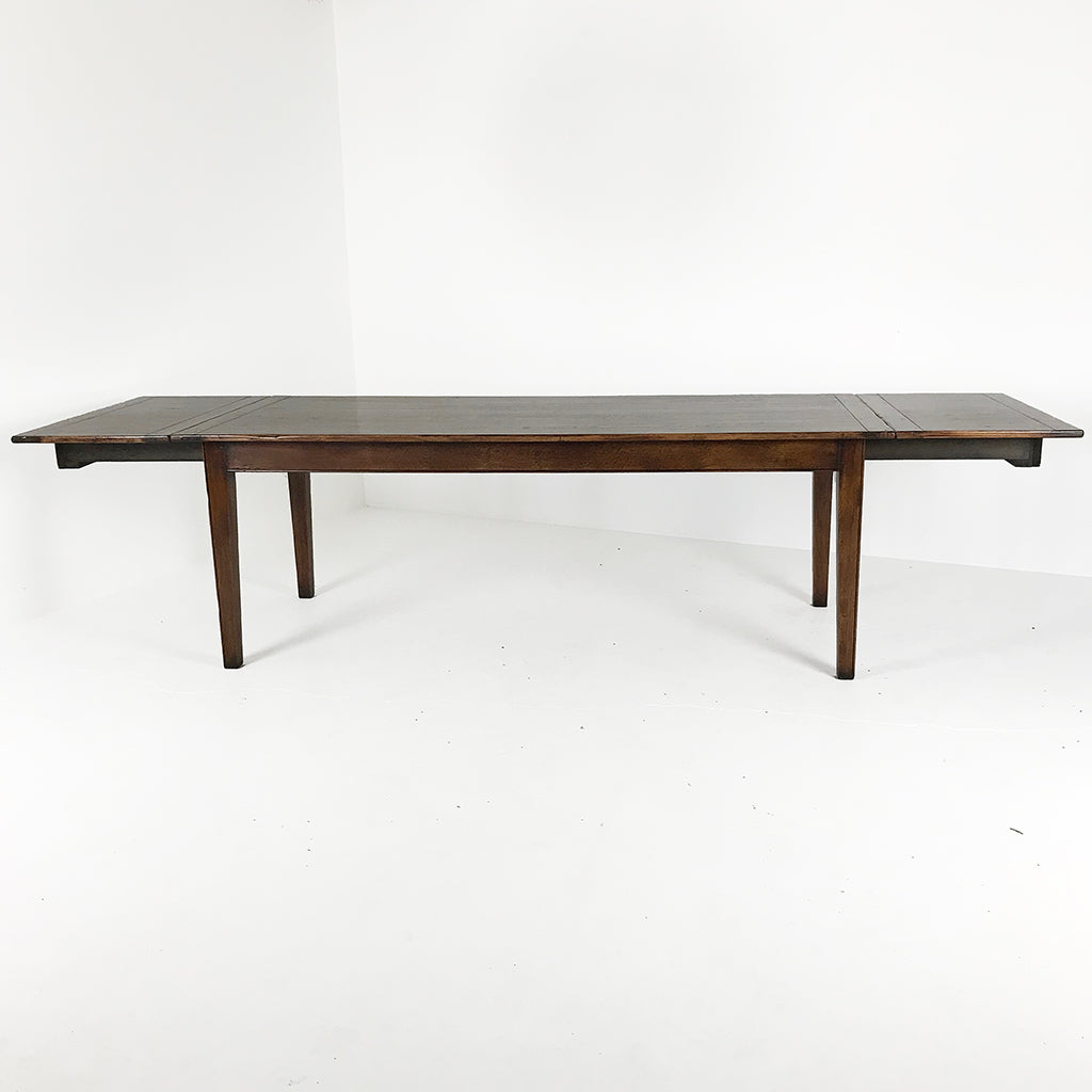 "84"" English Farm Table with Leaves"