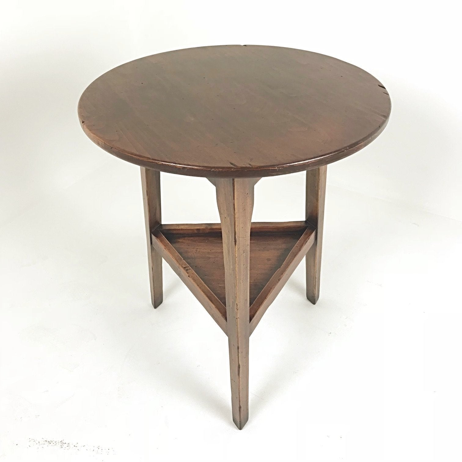 Leeds Cricket Table with Shelf