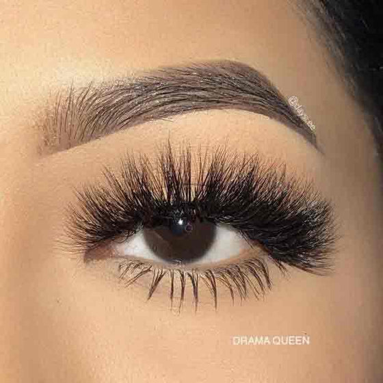 Lash Swatch From Drama Queen