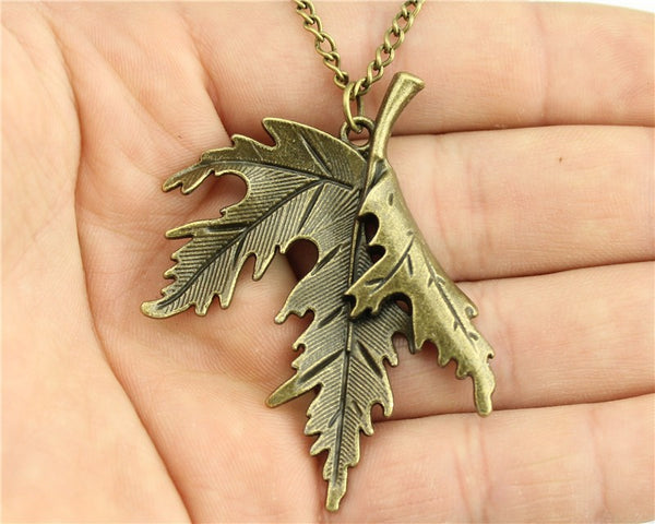 Vintage antique bronze color 54 * 42mm leaf pendant necklace