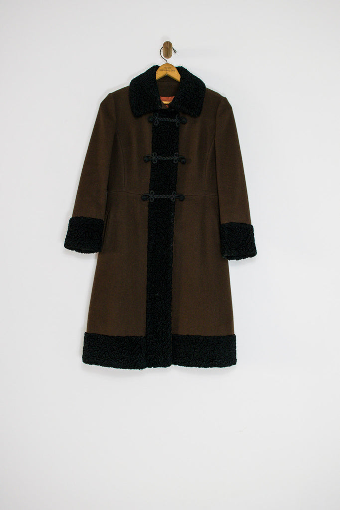 1960's RUSSIAN PRINCESS COAT WITH FAUX FUR / MEDIUM