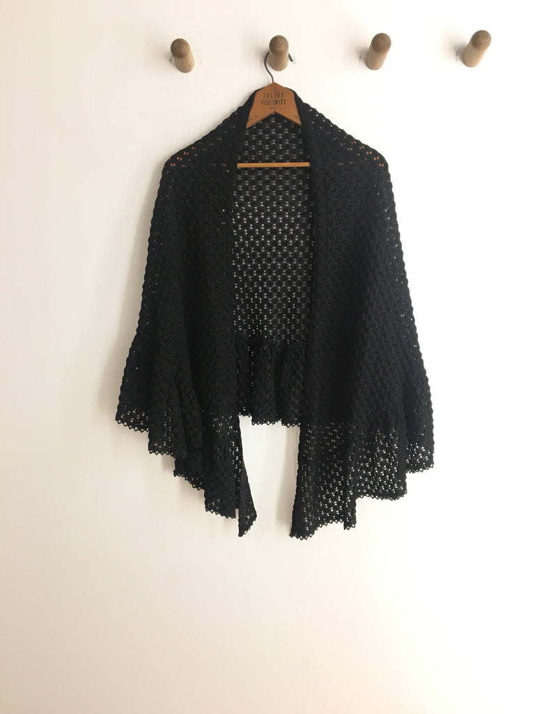 70's BLACK KNIT SHAWL