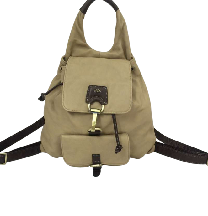 Leather backpack with buckle clasp