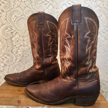 Brown Leather Justin Cowboy Boots with Fancy Stitched Vamp mens size 11 D