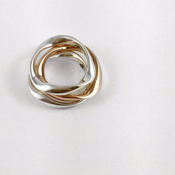 The Gold Rivulet Ring