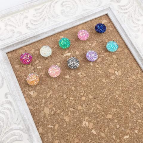 10 Multi-Color Glitter Thumbtacks