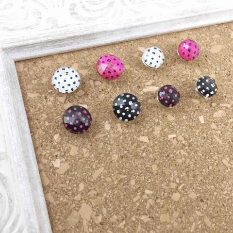 8 Polka Dot Thumbtacks