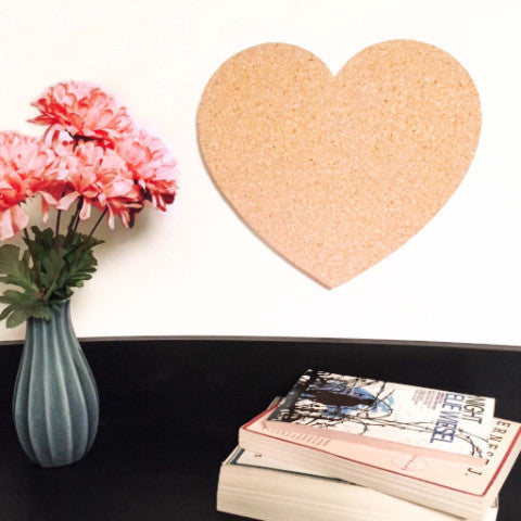 Wine cork chalkboard with reused wine corks uncork the quirk for Heart shaped bulletin board