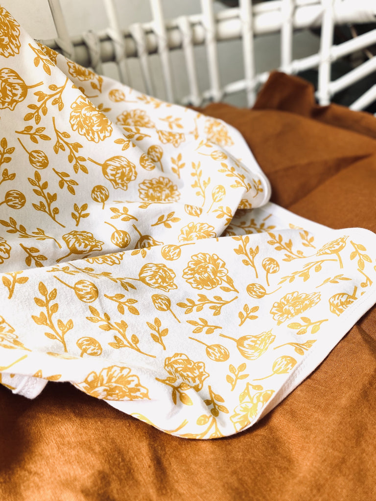 Golden Peony Baby Blanket Kit & Cradle