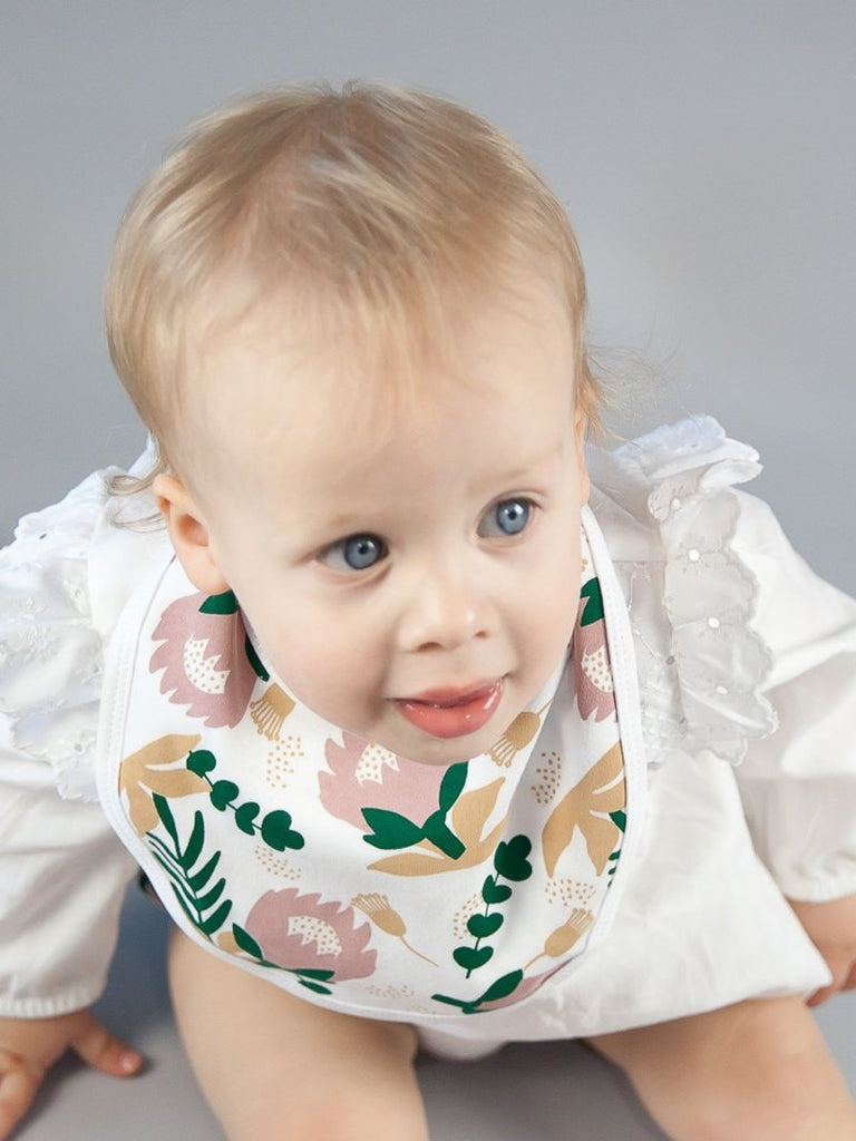 Protea Baby Bib Kit & Cradle