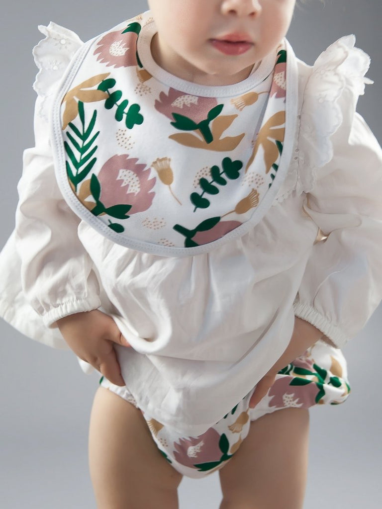 Protea Baby Bib Bloomers Kit & Cradle