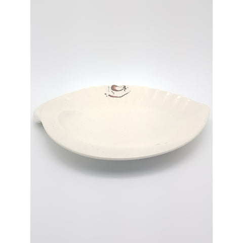 TP7311 - Japanese Oiishi Plastic Plate Seashell Shaped - 6 Pieces  / 1 Box - New Eastland Pty Ltd - Asian food wholesalers