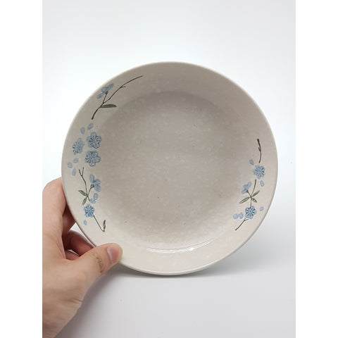 TPS07D -  White snow with Blue flowers plate ~7.5 Inches - 6 pcs  / 1 Box - New Eastland Pty Ltd - Asian food wholesalers