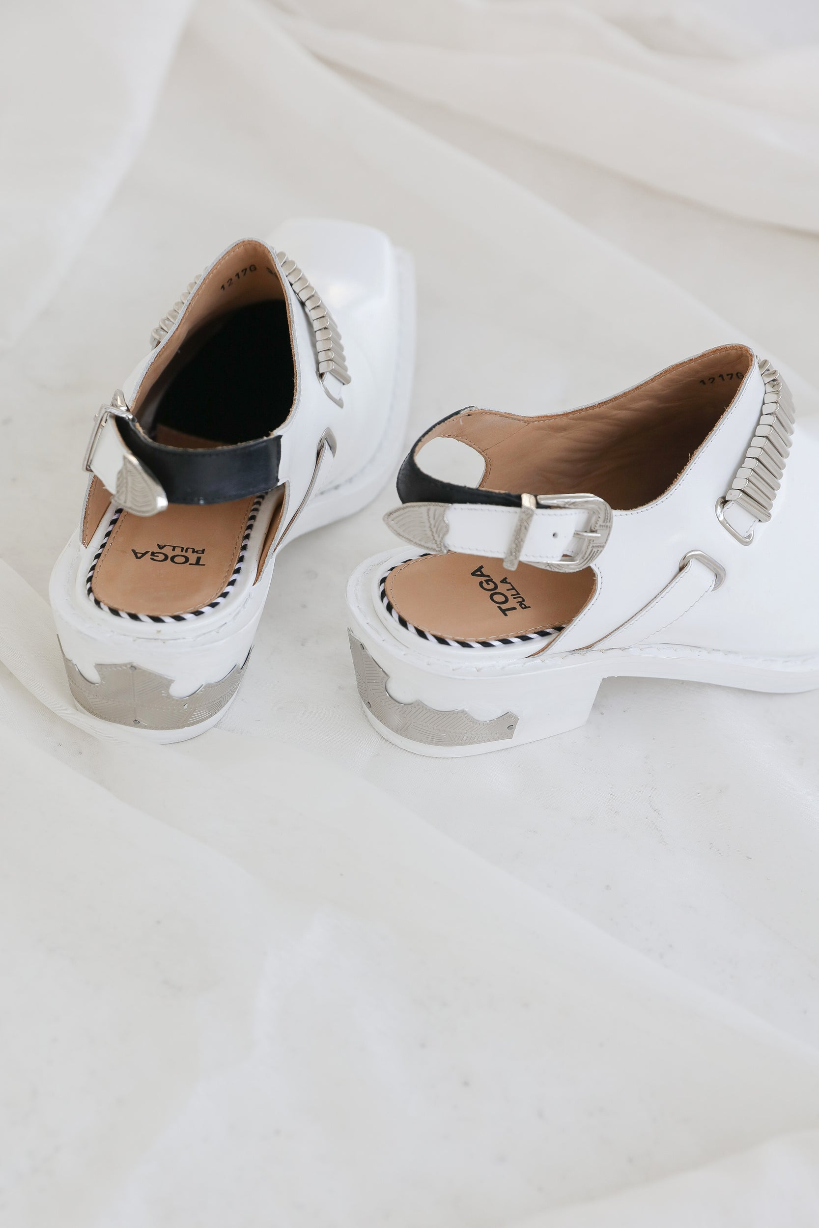 White Western Mules – NOLM