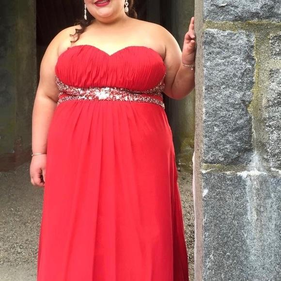 Cheap Long Plus Size Red A-line Sweetheart Sleeveless Zipper Beading Prom  Dresses 2019