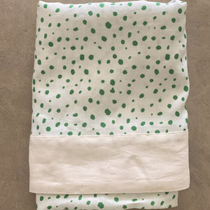 Green Pebble Linen Tablecloth