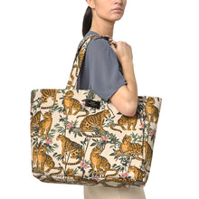 Load image into Gallery viewer, Lazy Jungle Tote