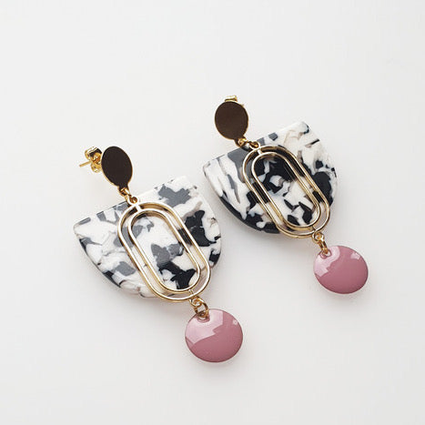 Dame Earrings