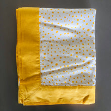 Load image into Gallery viewer, Yellow Pebble Linen Tablecloth