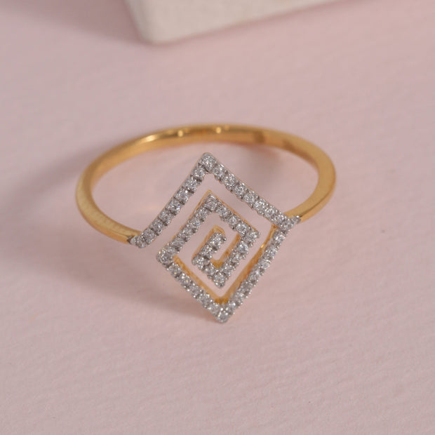A-maze-Ing Gold and Diamond Ring