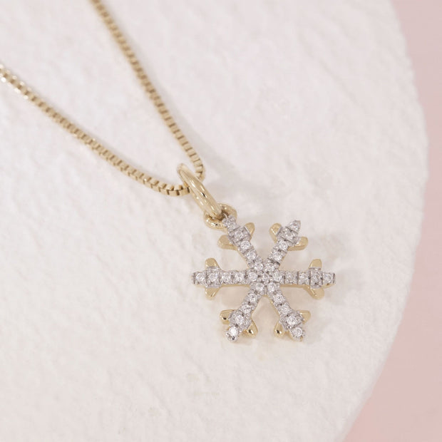 Snowflakes Are Falling Gold and Diamond Necklace, alt view