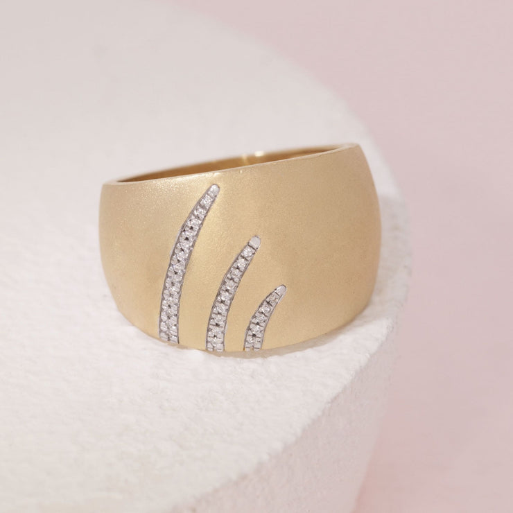 Wish Upon A Star Trail Gold and Diamond Ring, alt view