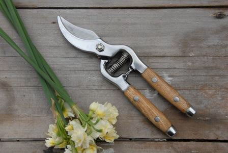 Timber Handle Secateurs