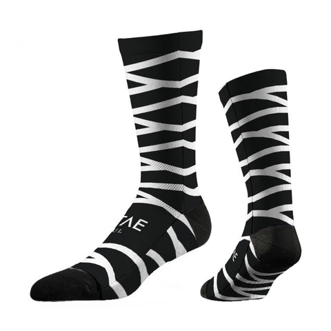 thin-motorcycling-socks-white-zag-chaussettes-fines-blanches-noires-vitae-soul-vetement-clothing-moto
