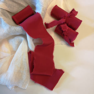 AUTUMN RASPBERRY CREPE SILK RIBBON