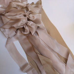 LATTE & BLUSH BOUQUET DRAPE