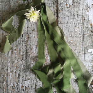 EVERGREEN SILK BOUQUET DRAPE