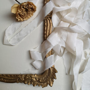 IVORY LUXE SILK RIBBON