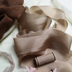 LATTE LUXE SILK RIBBON