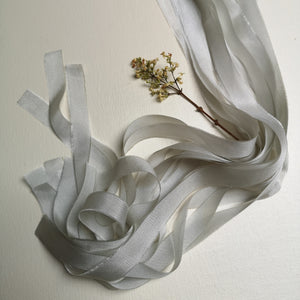 PALE WARM GREY LUXE SILK RIBBON