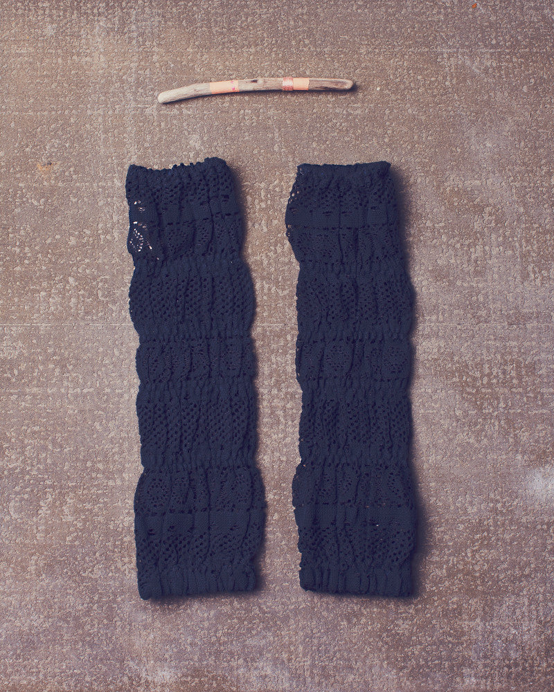 Ankle Sweaters in Navy Bean