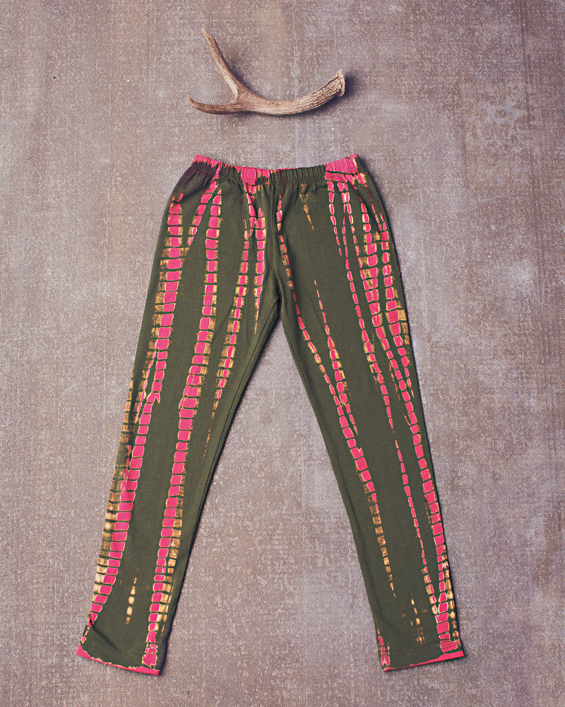Dazed and Confused Leggings in Electric Pink Olive