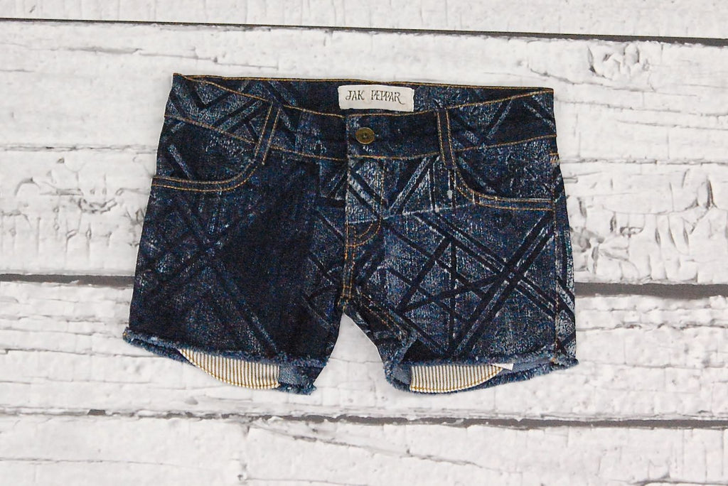 Ringo Cutoffs in Celtic Dark Wash