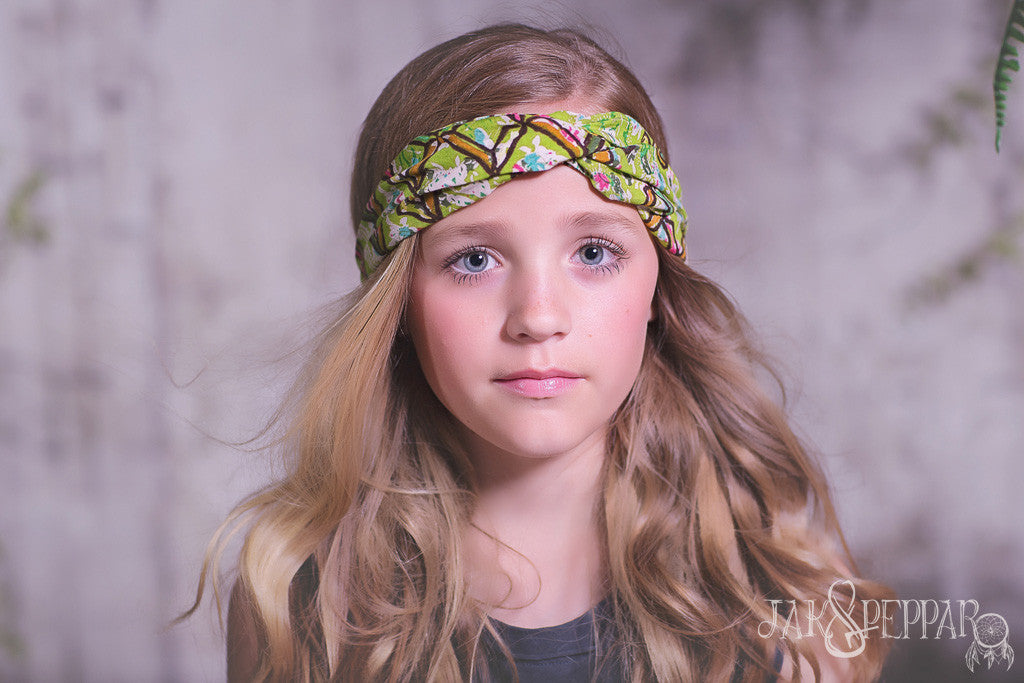 Gertrude Head Wrap in Pea Lime Motif
