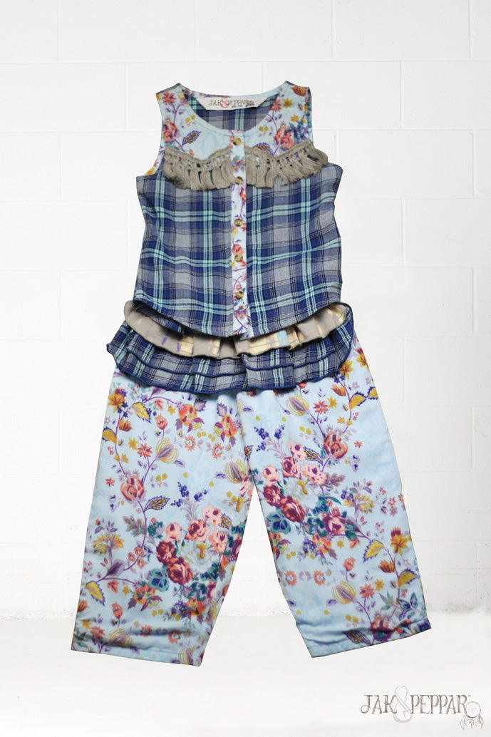 Lolla Apron Pant Set in Indian Summer