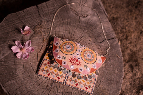 Sunshine Clutch in Multi