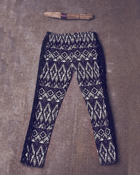 Peppar Basic Legging in Aztec