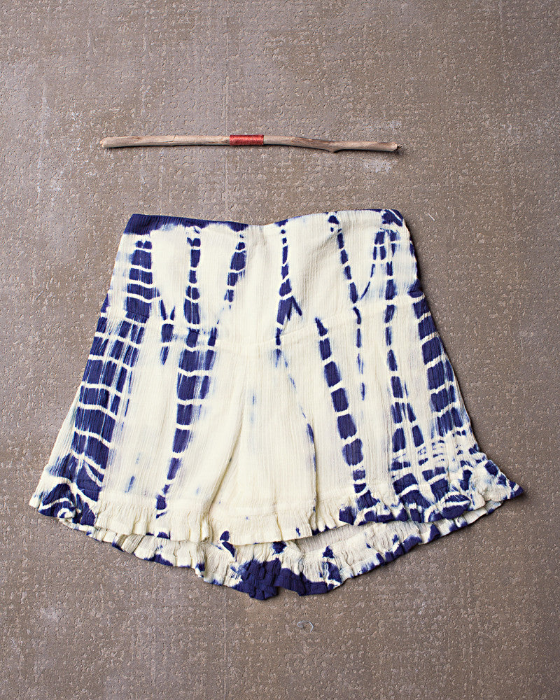 Washed Away Shorts in Dazed Navy