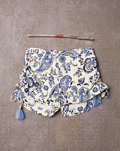 Pick Up and Go Shorts in Navy