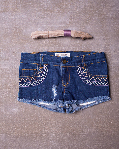 Festival Short in Medium Wash
