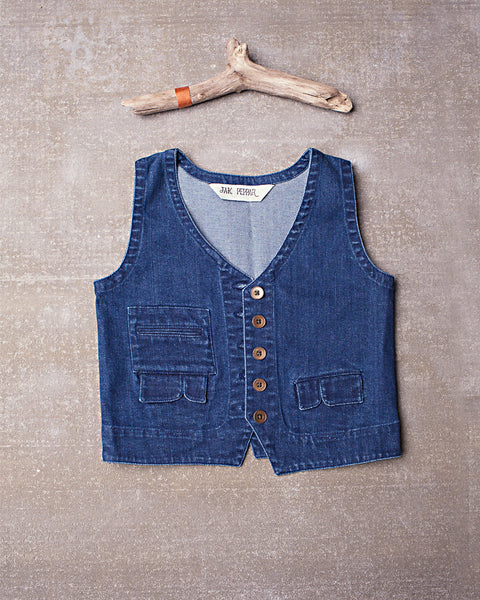 Junk Town Vest in Medium Wash