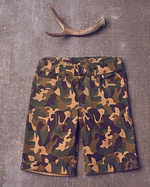 Bryce camo short in Olive